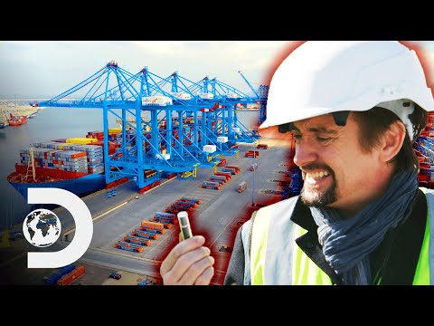 "How Do 80,000 ""Lipsticks"" Help The Largest Port In Europe Run On Automation? 