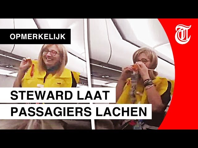 Passagiers liggen dubbel om hilarische steward
