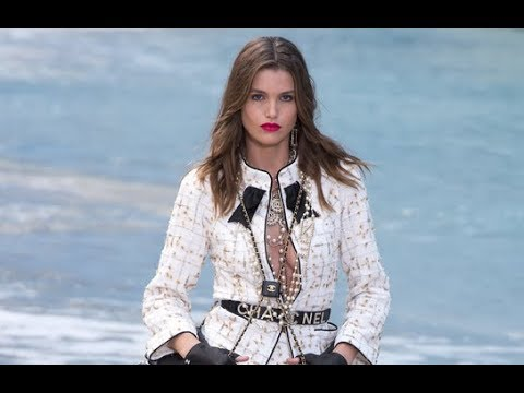 CHANEL Spring Summer 2019 Highlights Paris - Fashion Channel