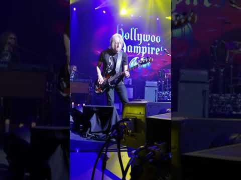 Sweet Emotion Hollywood Vampires Foxwoods CT May 20 2018