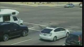 Mexican family tries to run against traffic, fails