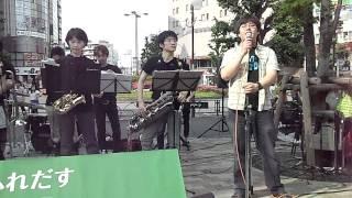 2012.6.2 SHARP携帯 IS-03 で録画。大塚駅前でラーメンを食べ終わったら...