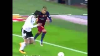 Neymar trying to to be like bale fail!!! Neymar fail!!