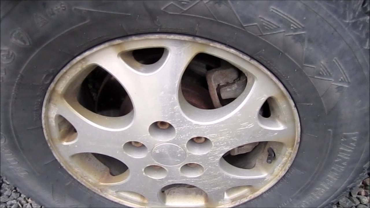 How To Tell When A Tire Has A Broken Belt