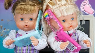 Noa y Noe bebés estrenan mochilas, teléfono móvil y uniforme del colegio ! Hermanitas bebés