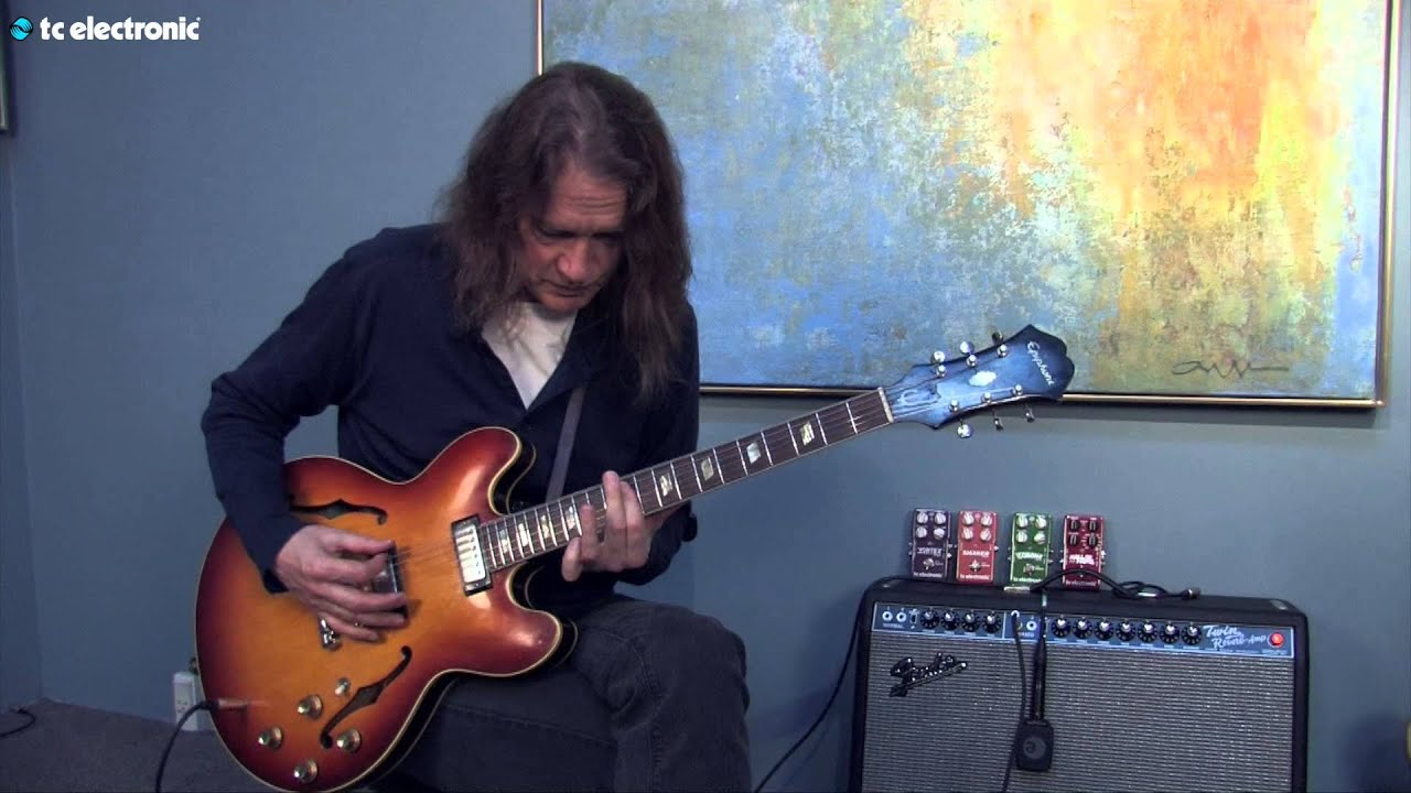 Robben Ford Demos His Quot Clouds Quot Toneprint For The Hall Of