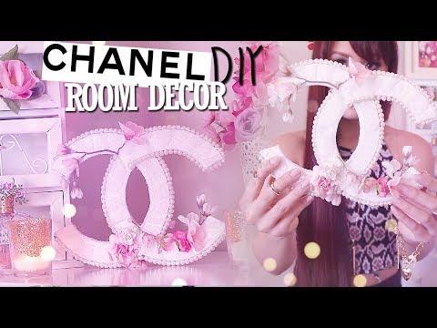 diy-room-decor-chanel-logo-{spring/summer}