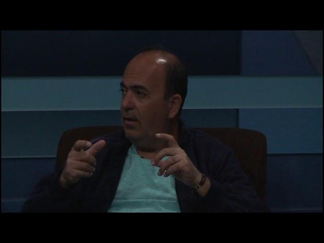 Santiago Entrevista TV Sete Lagoas - Caio Paxeco - Tema: Relançamento do Livro Origens