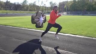 ВЗРЫВная скорость при помощи ПАРАШЮТА для бега!!! Бег с парашютом!