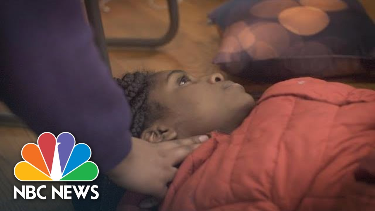 Chicago Gun Violence: How Some Teens Are Learning To Save Lives | NBC News