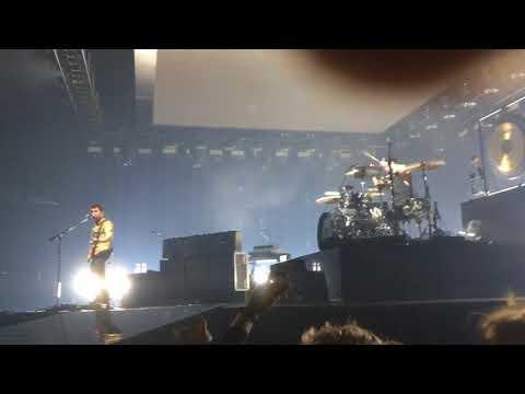 Royal Blood - Hook, Line & Sinker (Live at Manchester Arena)