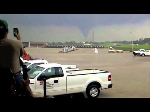 Tornado over Chickasha, Oklahoma