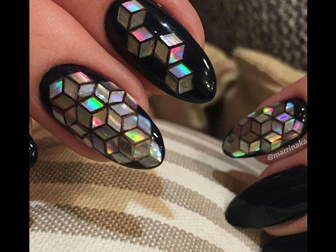 Дизайн ногтей с блестками ромбиками