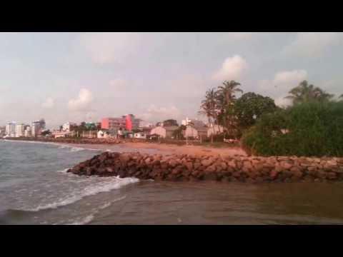 dehiwala beach