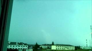 молнии в замедленном видео с телефона fly(, 2014-10-02T21:32:49.000Z)