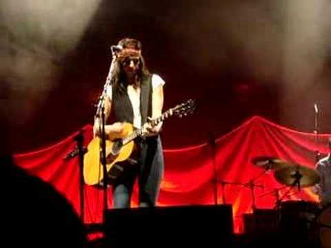 Brooke Fraser - C.S. Lewis Song (Live in Auckland 2-11-07)