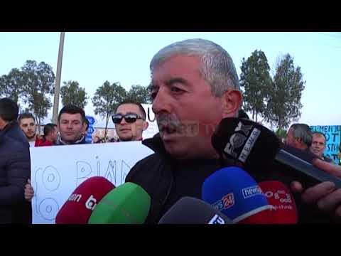 Report TV-Protestë edhe në Lushnje, bllokohet rruga për 30'