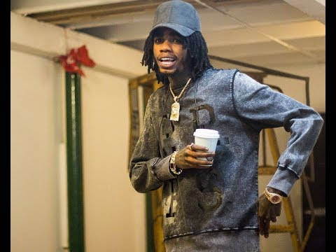Alkaline - Txtin (WSTRN) International Colabo power by AtlanticRecords