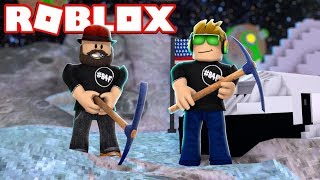 MINING ON THE MOON!!! in ROBLOX MOON MINING SIMULATOR!!!!
