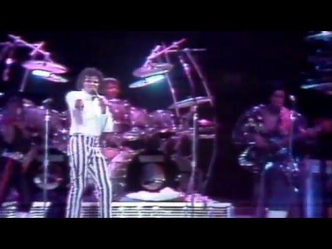Michael Jackson Off The Wall (clip) - Live Victory Tour Kansas City