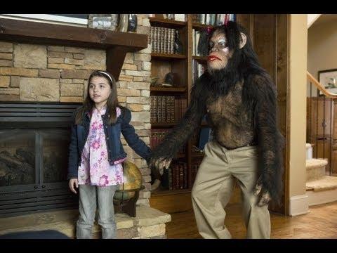 Узнай о новых фильмах первым goo.gl Фильм Очень страшное кино 5 Три танцора - один старый исполнитель и две.