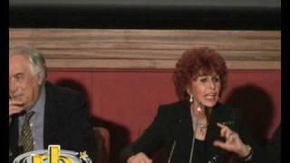LA MIA CASA E' PIENA DI SPECCHI con Sophia Loren - 6°parte conferenza stampa - WWW.RBCASTING.COM