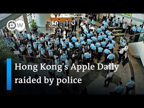 Hong Kong police raid pro-democracy newspaper Apple Daily, arresting 5 executives | DW News