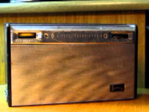 Hitachi WH-822H Transistor Radio - Clarin 580 AM, Montevideo