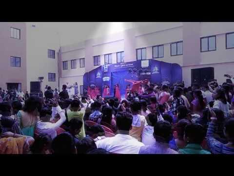 Mount Litera Zee School Muzafferpur Dancing Contest Getpla