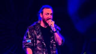 David Guetta brengt eerbetoon aan Prince