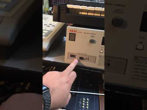 The EASY Way To Replace A S950 Floppy Drive.