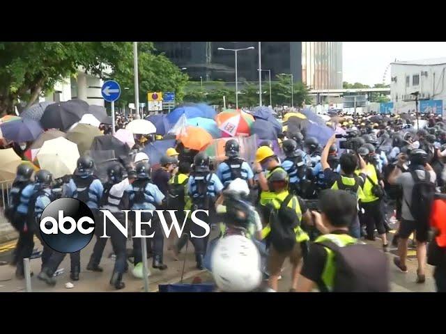 Hong Kong protestors clash with police