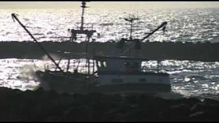 Timelapse fishing boat cutter coast of hvide sande, denmark / Fischkutter Fischerboot Dänemark