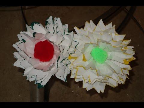Como hacer una flor con una servilleta origami funnydog tv - Como decorar una servilleta de papel ...