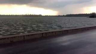Lacul Cernica iin timpul furtunii.7 iulie 2013. 7:30
