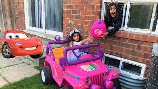 Sally Pretend Play Drive Thru on Kids Power Wheels Ride on Car!!