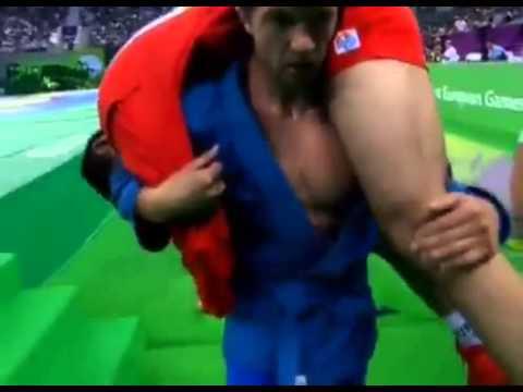 Благородный поступок самбиста Степана Попова.Баку 2015