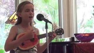 Louis Armstrong Oh What a Wonderful World on ukulele (cover by Chloe Adelaide Watson)