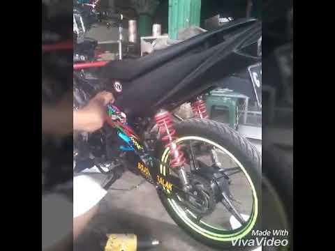 Memasang Striping Pada Motor Vega Zr Youtube