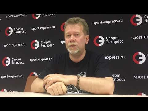 Смотреть «Зенит» - «Спартак»: арбитр Москалев отработал на единицу онлайн