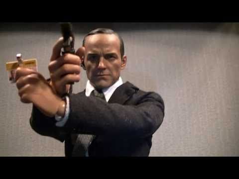 Hot Toys Agent Phil Coulson