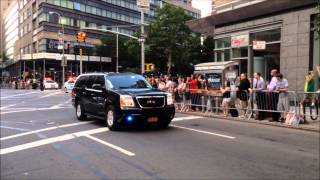 U.S. PRESIDENT BARACK OBAMA & MOTORCADE ON THE UPPER WEST SIDE OF MANHATTAN IN NEW YORK CITY