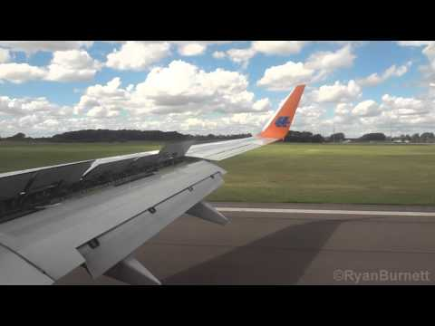 737-800 Landing at Durham Tees Valley Airport