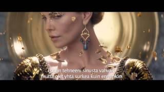 Metsästäjä ja talvinen taistelu - Virallinen traileri 2 (Universal Pictures)