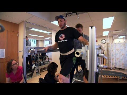 Un paraplégique réussit à marcher sous stimulation électrique