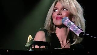Lost In Your Eyes! Debbie Gibson & NKOTB Joey McIntyre AWESOME Surprise duet brings down the house!