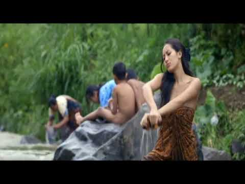 Adegan Panas: Adegan Hot Shinta Bachir Part.4