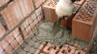 Армирование кирпичной кладки сеткой С4(Сетка Стрэн С4. На этом видео она применяется в виде элемента армирования кирпичной кладки., 2010-05-19T10:22:34.000Z)
