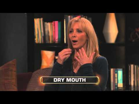 Lisa Kudrow is AWESOME | Celebrity Name Game