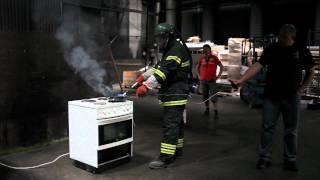 Vi brænder et komfur af!